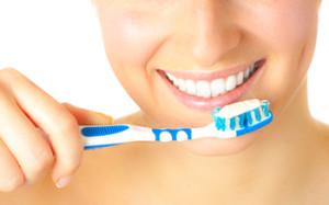 Как выбрать зубную щетку и пасту