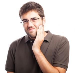 После лечения болит зуб