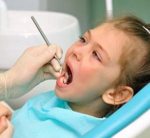 Как лечить афтозный стоматит у ребенка