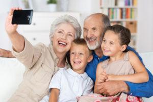 Варианты протезирования у пожилых людей